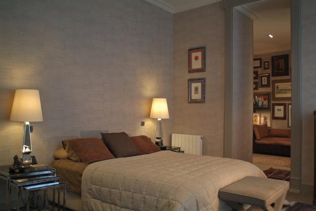 Decoración de dormitorio de piso en el casco viejo de Bilbao