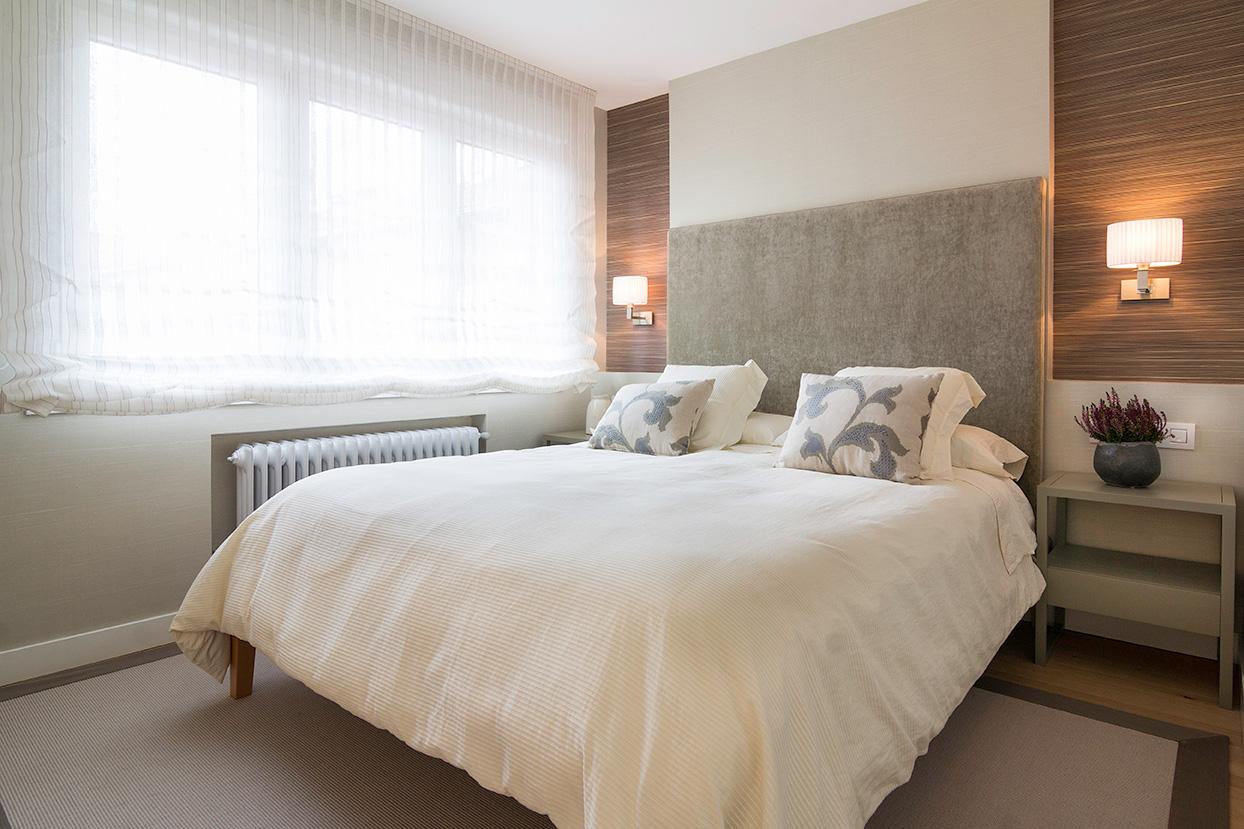 Decoración de dormitorio en colores neutros