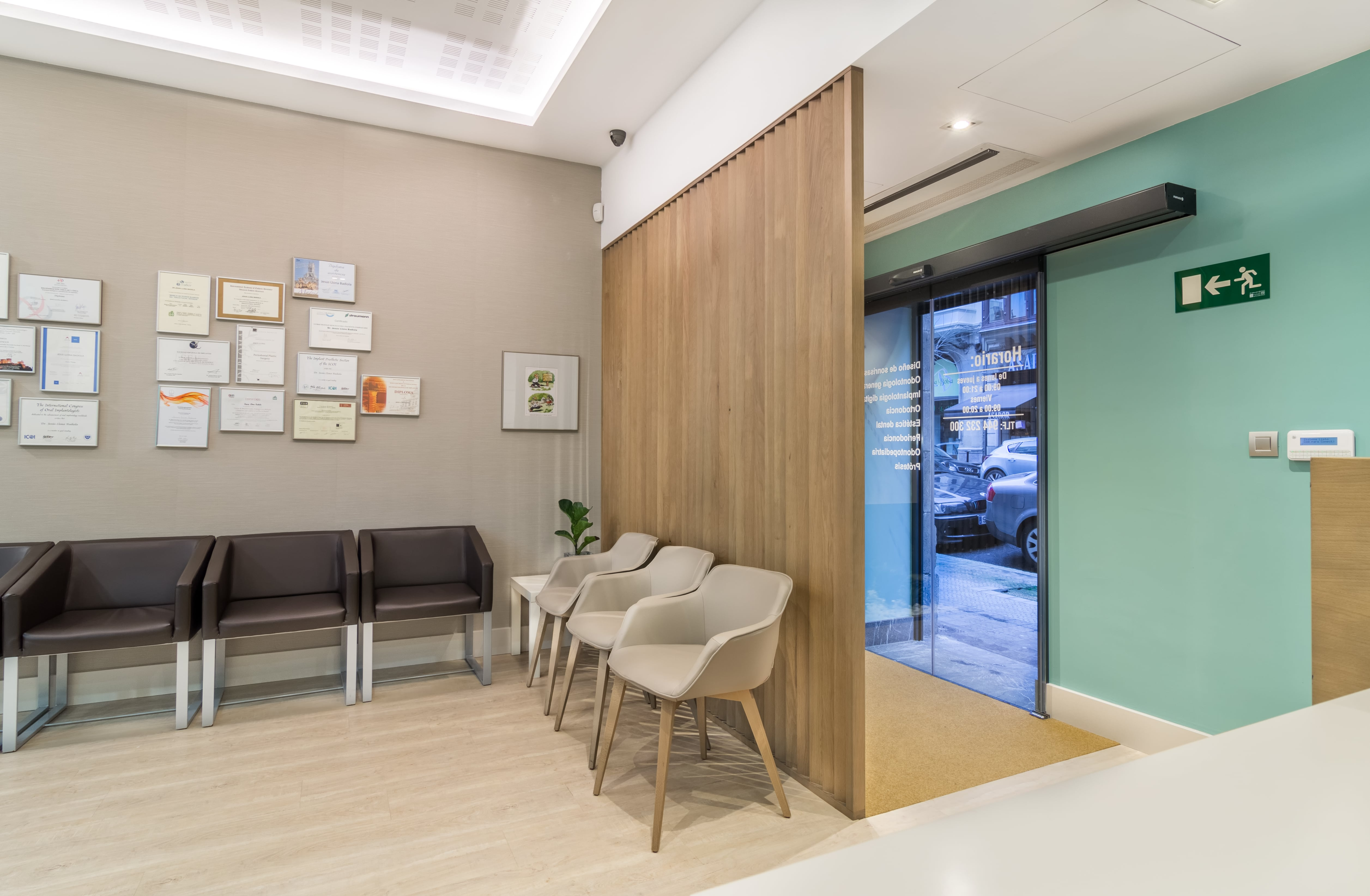 Decoración Clínica Dental en Bilbao
