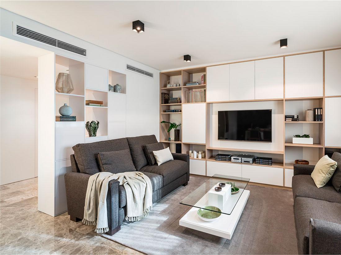Salón con dos sofás de dos plazas modelo Nimo de Belta Frajumar